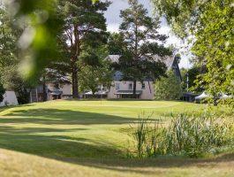 Golf på Gumbalde Resort